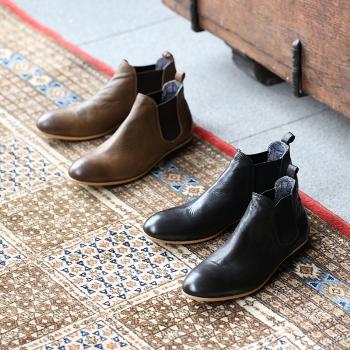 東浅草の靴メーカー『リフト』が展開するシューズブランドSEESAW別注ブーツ先行予約会